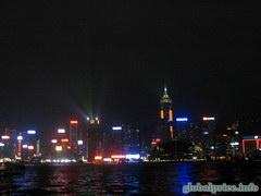 Что посетить в Гонконге, Лазерное шоу в Гонконге, наблюдается с аллеи звезд