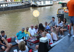 Что поспотреть в Амстрердаме и Голандии, Экскурсии на лодках по каналам