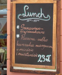 Dining options and the cost of food at in Warsaw in Poland, Business lunch
