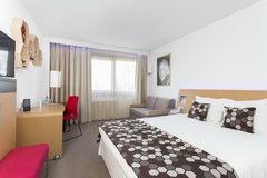 Стоимость отелей в Варшаве в Польше, Гостиница Novotel 3 звезды