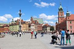 Отдых и развлеченя в Варшаве в Польше, Замковая площадь в Старом городе