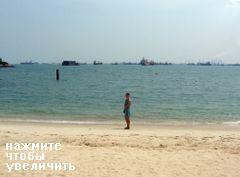 на пляже Сентоза