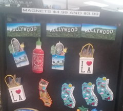 Prices for souvenirs in the USA, Hollywood magnets