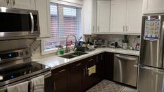 Сколько стоит квартира в канаде в долларах купить дом в сан франциско